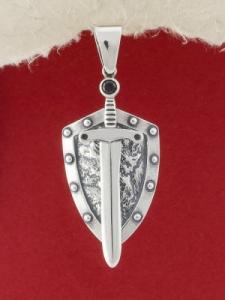 Сребърен медальон - P404