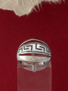Сребърен пръстен - R220