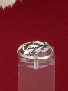 Сребърен пръстен - R397