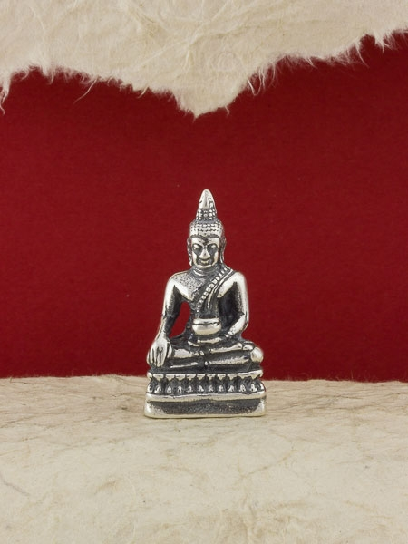 Сребърна фигура - Буда