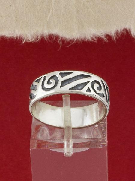 Сребърен пръстен - R83