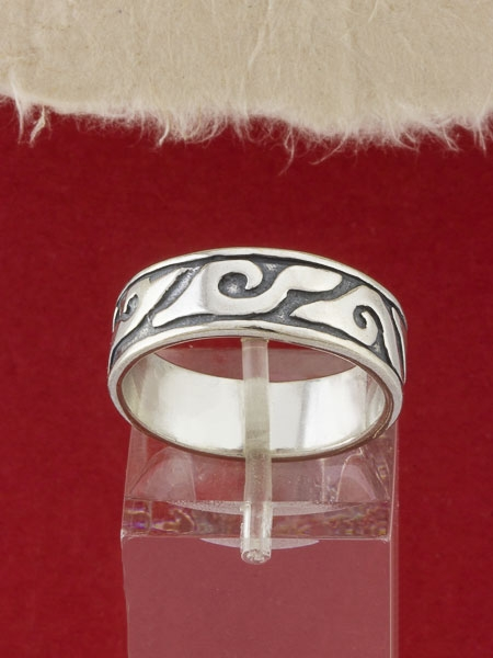 Сребърен пръстен - R110