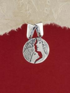 Сребърен медальон - P317A