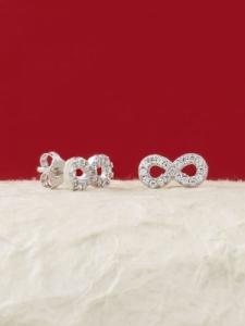 Сребърни минималистични обеци - E023T
