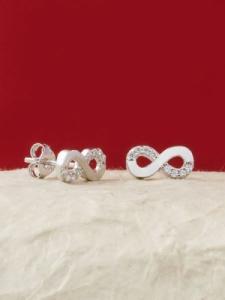 Сребърни минималистични обеци - E024T