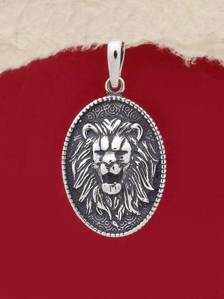 Сребърен медальон - P493