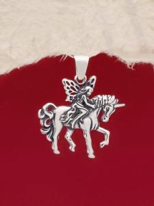 Сребърен медальон - P485
