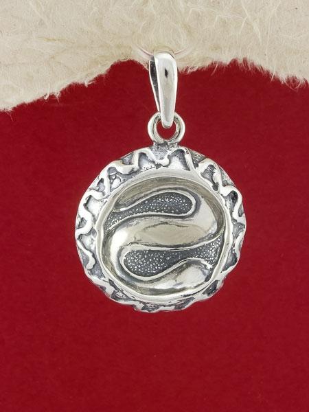 Медальон PK17