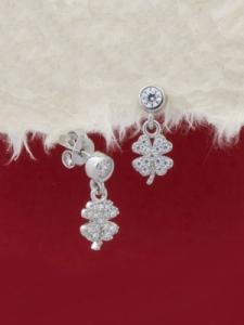 Сребърни минималистични обеци - E057T