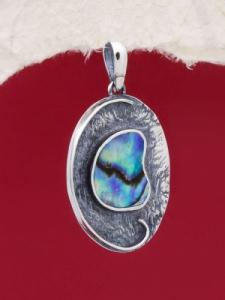 Сребърен медальон със седеф - SPK024