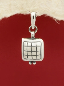 Сребърен медальон - PK387